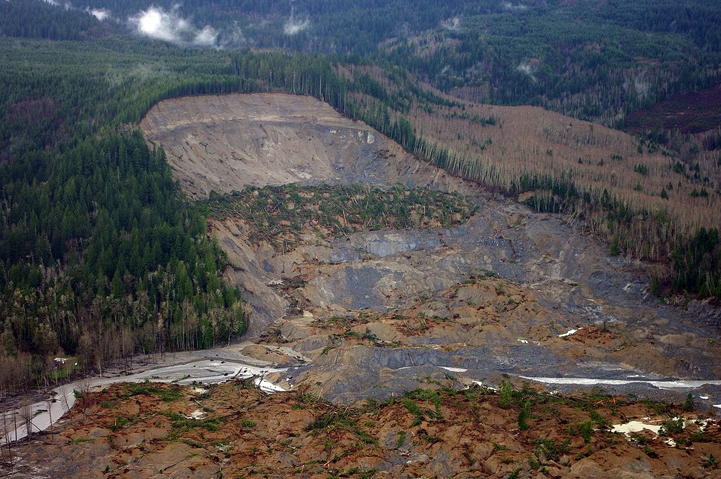 https://upload.wikimedia.org/wikipedia/commons/8/84/2014_Washington_Landslide.jpg